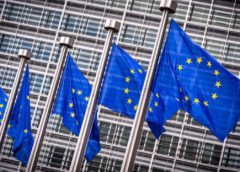 The Belgian company has signed a large it contract with the European Commission