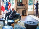 "Boris Johnson feels ""very much at home"" at Emmanuel Macron's office"