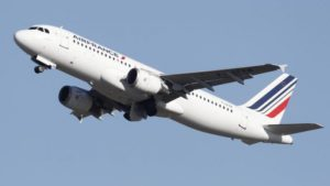 Air France promises to stop domestic flights: Weak contribution to climate action